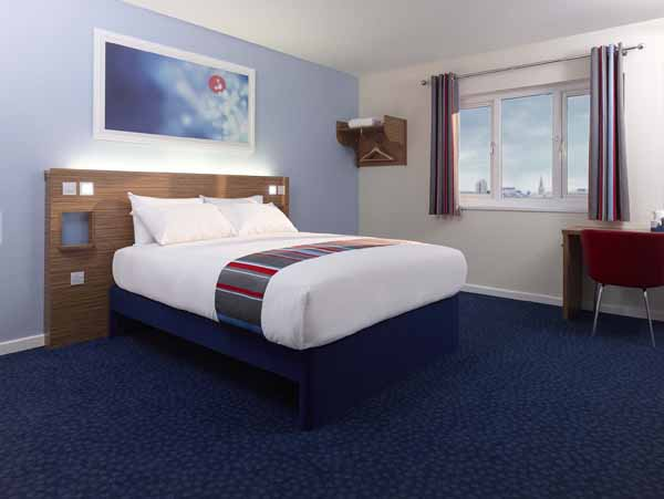 Travelodge lr